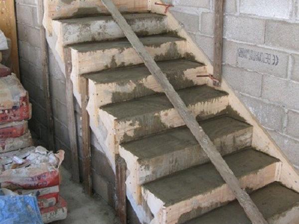 Видео бетонные лестницы своими руками