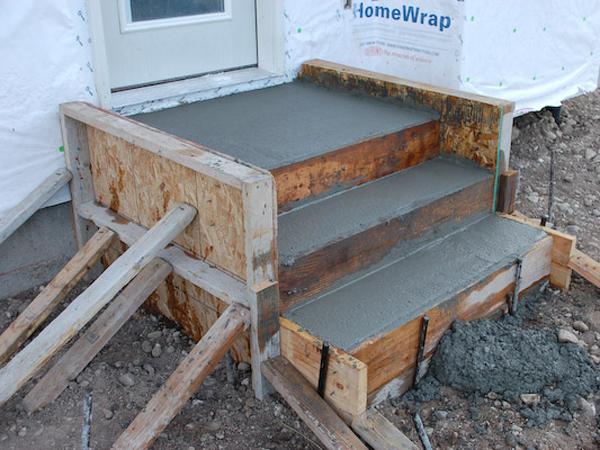 Крыльца из бетона на даче своими руками