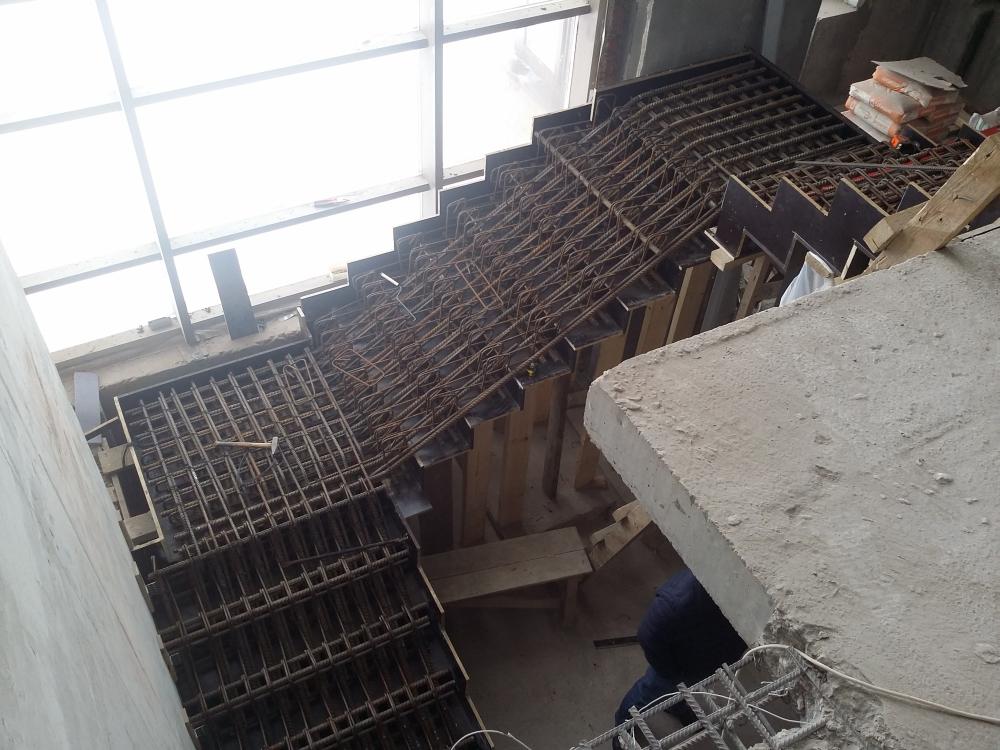 Каркас площадка со ступеньками с арматуры картинка